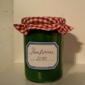 Marmeladenglas, beschriftet mit Pazifismus 2010